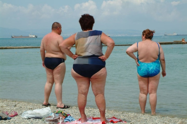 Росстат 40% взрослых россиян имеет лишний вес